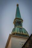 Золотая башня Стоковая Фотография