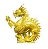 Золотая китайская изолированная статуя дракона стоковая фотография rf