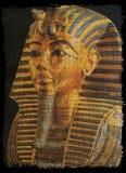Золотая маска ankh Tut на папирусе старом иллюстрация штока