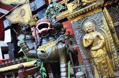 Золотая пагода виска или Hiranya Варны Mahavihar внутри Стоковое фото RF