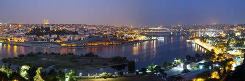 Золотая панорама ночи рожка Стоковые Изображения