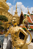 Золотая статуя ангела Стоковые Изображения
