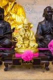 Золотая статуя китайского бога Стоковая Фотография RF