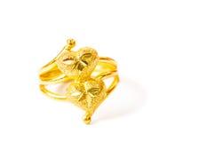 Золотая форма сердца близнеца кольца Стоковое фото RF