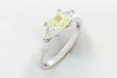 золотистое кольцо Стоковое фото RF