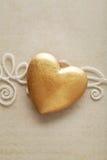 золотистое сердце Стоковые Изображения RF