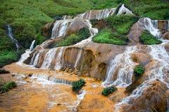 Золотистый водопад Стоковое фото RF