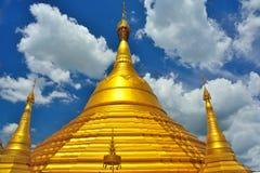золотистый pagoda Таиланд Стоковые Изображения