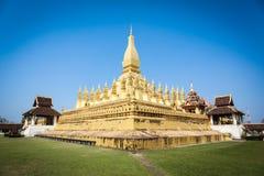 золотистый pagoda vientiane Стоковые Фотографии RF