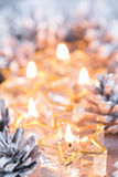 Золотое горение миражирует предпосылку blured bokeh Стоковая Фотография