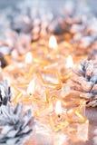Золотое горение миражирует предпосылку blured bokeh Стоковые Изображения