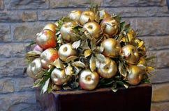 Золотое украшение яблока Стоковое Фото