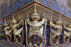 Золотое Garuda в Wat Prakaew, Бангкоке, Таиланде Стоковые Изображения RF