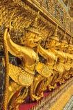Золотое Garuda Wat Phra Kaew в Бангкоке Стоковые Фотографии RF