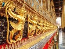 Золотое Garuda Wat Phra Kaew на Бангкоке Стоковое Изображение RF