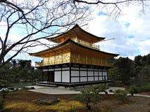 Золотое Pavillion (висок), Киото Kinkaku-ji, Япония Стоковое Изображение RF