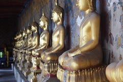 Золотой висок Будды стоковое изображение