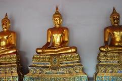 Золотой висок Будды стоковое изображение rf