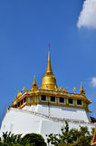 Золотой висок в Таиланде Стоковая Фотография