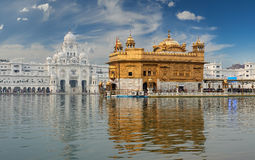 Золотой висок, расположенный в Амритсаре, Пенджаб, Индия Стоковые Изображения