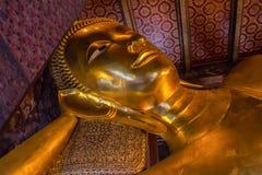 Золотой лежа Будда в Wat Pho в Таиланде Стоковое Изображение RF