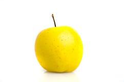 Золотой конец-вверх яблока изолированный на белой предпосылке Стоковое Изображение RF