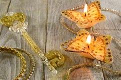 Золотой ключ с butterflyes Стоковое фото RF