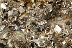 Золотой минерал пирита Стоковое Изображение