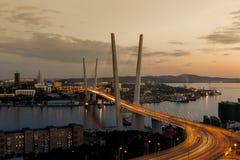Золотой мост рожка в Владивостоке Стоковые Изображения RF