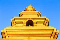 Золотой строб буддийского виска стоковые изображения