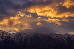 Золотой час выше горы Сьерры Стоковое Изображение RF