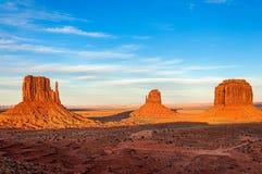 Золотой час в долине памятника Стоковое фото RF