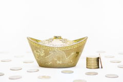 Золото и деньги Стоковые Изображения