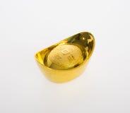 Золото или китайские символы середины золотого ингота богатства и процветания стоковые фотографии rf