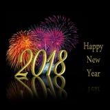 Золото 2018 счастливых фейерверков Нового Года Стоковая Фотография RF