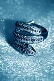 Золотые аксессуары ювелирных изделий - смей кольца стоковые фото