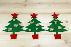 Золотые звезды и рождественские елки Стоковое Изображение