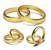 Золотые кольца изолированные на белой предпосылке Vector иллюстрация Стоковые Изображения