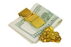 Золотые наггеты изолировали на белой кукле острословия 100 предпосылки Стоковое фото RF