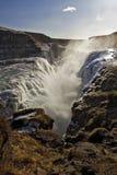 Золотые падения понижаясь в Восточно-африканскую зону разломов, водопад Gullfoss, Исландия. Стоковая Фотография