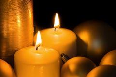 Золотые свечи рождества Стоковое фото RF