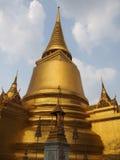 Золотые тайские пагоды Стоковое Изображение RF