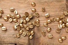 Золотые фасоли кофе Стоковое фото RF