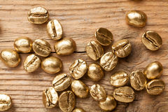 Золотые фасоли кофе Стоковое Изображение RF