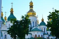 Золот-приданное куполообразную форму ` s, Киев St Michael стоковое фото rf