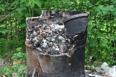 Золы в мусоросжигателе от левой стороны, который нужно сгореть Стоковые Изображения RF