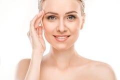 Зрелое здравоохранение красоты женщины изолированное на белизне Стоковые Фото
