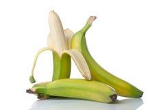 Зрелые бананы изолированные на белизне Стоковое Изображение