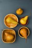 Зрелые груши в различных шарах Стоковые Фотографии RF