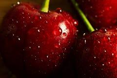 Зрелые и сладостные вишни Стоковая Фотография